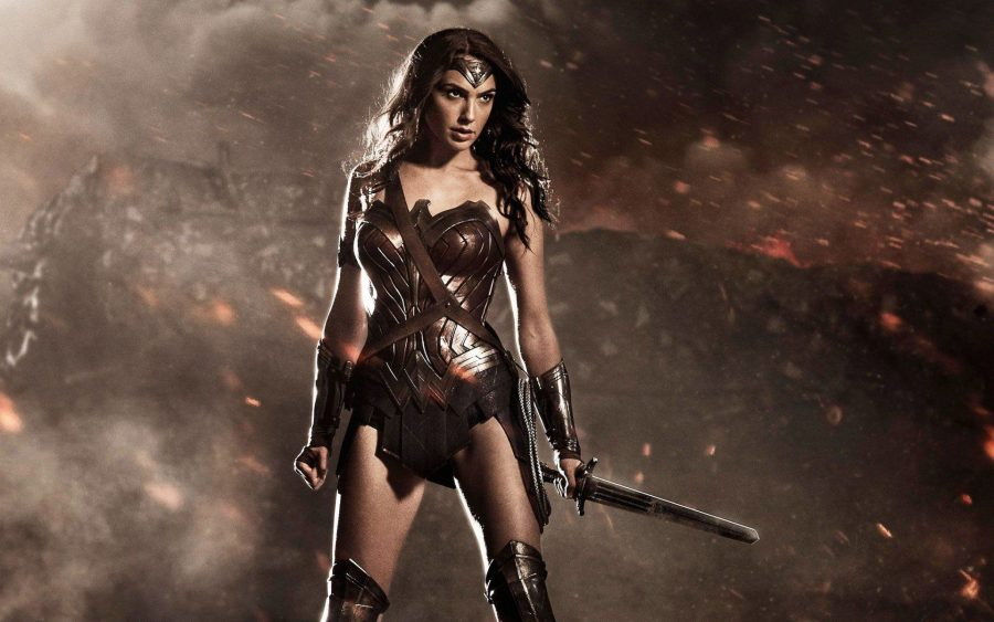 wonder woman in batman v superman dawn of justice hd wallpapers e1550238995139